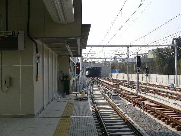 成田高速鉄道成田湯川駅新築工事